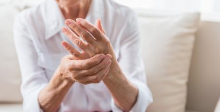 Does CBD Oil Really Help Treat Arthritis Pain